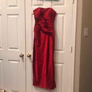 Niteline Dresses - Beautiful Red gown !